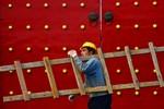"""Kế """"ve sầu thoát xác"""" của Trung Nam Hải có thể phá hoại kinh tế toàn cầu"""