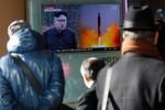 """Những """"bất ngờ hợp lý"""" về sự im lặng của Trump với vụ Triều Tiên thử tên lửa"""