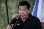 """Về """"lỗ hổng chết người"""" trong chính sách của Tổng thống Duterte với Trung Quốc"""