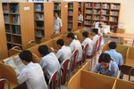 Lạm bàn về tinh thần tự học của học sinh, sinh viên Việt Nam