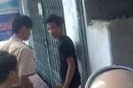 Video: Cảnh sát giao thông giằng co với nam thanh niên