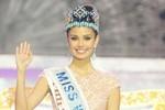 Hoa hậu thế giới chưa nhận được giải thưởng sau nửa tháng đăng quang