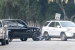 David Beckham lái Range Rover gây tai nạn trước cửa nhà