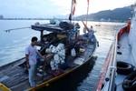 Đưa tàu cá và 7 ngư dân bị nạn vào bờ