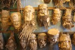 Muôn dạng mặt người từ tượng gốc tre chỉ có ở Hội An