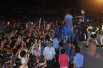 Hàng nghìn công nhân 'phát cuồng' vì Mr Đàm, Dương Triệu Vũ