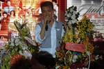 Fan của Đàm Vĩnh Hưng ở hải ngoại phản ứng giải Làn sóng xanh