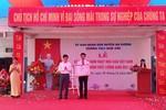 Trường Trung học cơ sở Nam Sơn đón chứng nhận đạt chuẩn cấp độ 3