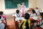 """'Dạy học cả ngày"""", gánh nặng đang đè lên vai giáo viên vùng cao"""