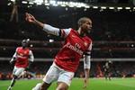 Đại chiến Arsenal 2-2 Liverpool qua ảnh: 2 phút ghi 2 bàn