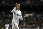 Phil Jones: Chìa khóa để chặn đứng Cristiano Ronaldo