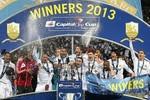 Bradford 0-5 Swansea: 'Thiên nga' bay cao ở Wembley