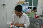 """Công dân thứ 90 triệu ra đời:""""Người mẹ thuần nông"""" thấy mình hạnh phúc"""