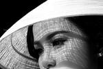 Bị cấm diễn, Hoa hậu Diễm Hương: Nhịn nhục chịu đựng là hay nhất
