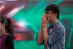 Fan nam bật khóc khi Hồ Ngọc Hà thị phạm vũ đạo