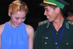 Văn Mai Hương ra biên giới hát mừng chiến sĩ biên phòng