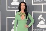 Dàn mỹ nhân hội tụ thảm đỏ Grammy 2013