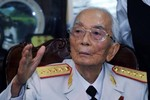 Đưa thi hài Đại tướng Võ Nguyên Giáp bằng máy bay về Quảng Bình