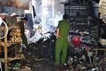 Lửa thiêu rụi tiệm tạp hóa, 4 người trong gia đình bị tử vong tại chỗ