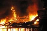Cháy lớn, 4 nhà dân tại tỉnh Hà Giang bị thiêu rụi