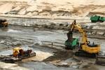 8 sai phạm nổi cộm trong khai thác tài nguyên