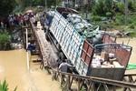 Phạt đến 8 triệu đồng nếu xe vượt quá tải trọng cho phép của cầu
