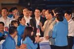 Thủ tướng đối thoại với hơn 2000 công nhân miền Trung
