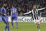 Juventus 3-0 Chelsea: Nhà vô địch Champions League 'xuống hạng'