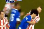 'Thiết đầu công' kiểu Zidane tái hiện ở giải Ngoại hạng Anh