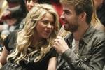 Con trai Pique - Shakira được đặt tên Milan Pique Mebarak