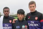 Bóng đá Việt năm Tỵ: Trông chờ những đứa trẻ của bầu Đức