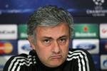 Mourinho không sẽ không gia nhập 'nhà giàu' PSG