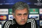 Muốn có Mourinho, Chelsea phải loại 'tai mắt' của Abramovich