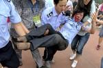 Người hâm mộ Trung Quốc giẫm đạp lên nhau vì Beckham