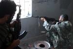 Qatar C-17 đã chở 3 chuyến hàng vũ khí từ Libya tới biên giới Syria