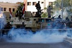Ảnh: Bạo loạn lan tràn tại Ai Cập ngày 5/7 sau đảo chính quân sự