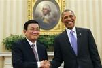Video: Phát biểu của Chủ tịch nước ta và Tổng thống Mỹ tại Nhà Trắng