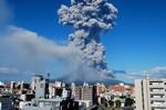 Video: Núi lửa phun trào ngoạn mục ở miền Nam Nhật Bản