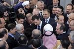 Lo Mỹ tấn công, thân nhân các quan chức cấp cao Syria rời đất nước