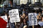 Mỹ, Anh sẽ hoãn tấn công Syria ít nhất đến thứ Ba tuần tới?