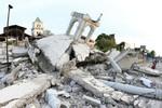 Philippines: Động đất có sức công phá bằng 32 quả bom nguyên tử