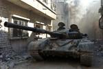 Phe Assad điều tên lửa, xe tăng và pháo hạng nặng tấn công Qalamoun