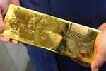Ấn Độ: Phát hiện 24 kg vàng bỏ quên trong toilet máy bay