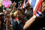 Thái Lan: Biểu tình quy mô lớn phản đối anh em nhà Thủ tướng