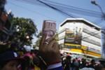 Thủ tướng Thái Lan kêu gọi quân đội làm trung gian hòa giải