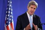Ngoại trưởng Mỹ kêu gọi Tổng thống Ukraina lập chính phủ chuyển tiếp