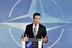 NATO xem xét lại toàn bộ phạm vi hợp tác với Nga