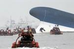 Hàn Quốc sửa số liệu: Hơn 300 người mất tích trong vụ chìm phà