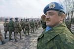 100.000 người Ukraine ký đơn kiến nghị Nga gửi quân tới phía Đông
