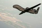 Báo Nhật: Tokyo muốn mua Global Hawk giám sát chặt Trung Quốc